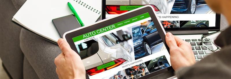 Exemple-site-internet-automobile-devant-concession